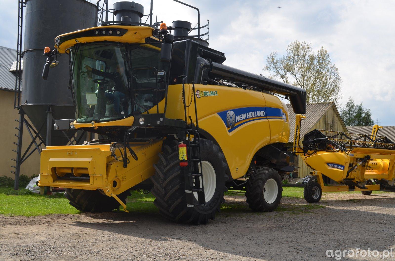 New Holland CX 5.80