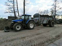 New Holland TM130 + Pichon Muck Master M16
