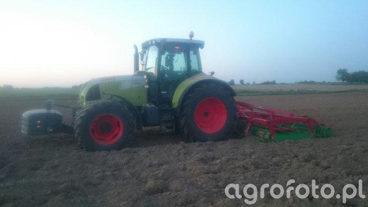 Claas Arion 620 Cebis + AgroTom UP 4.0