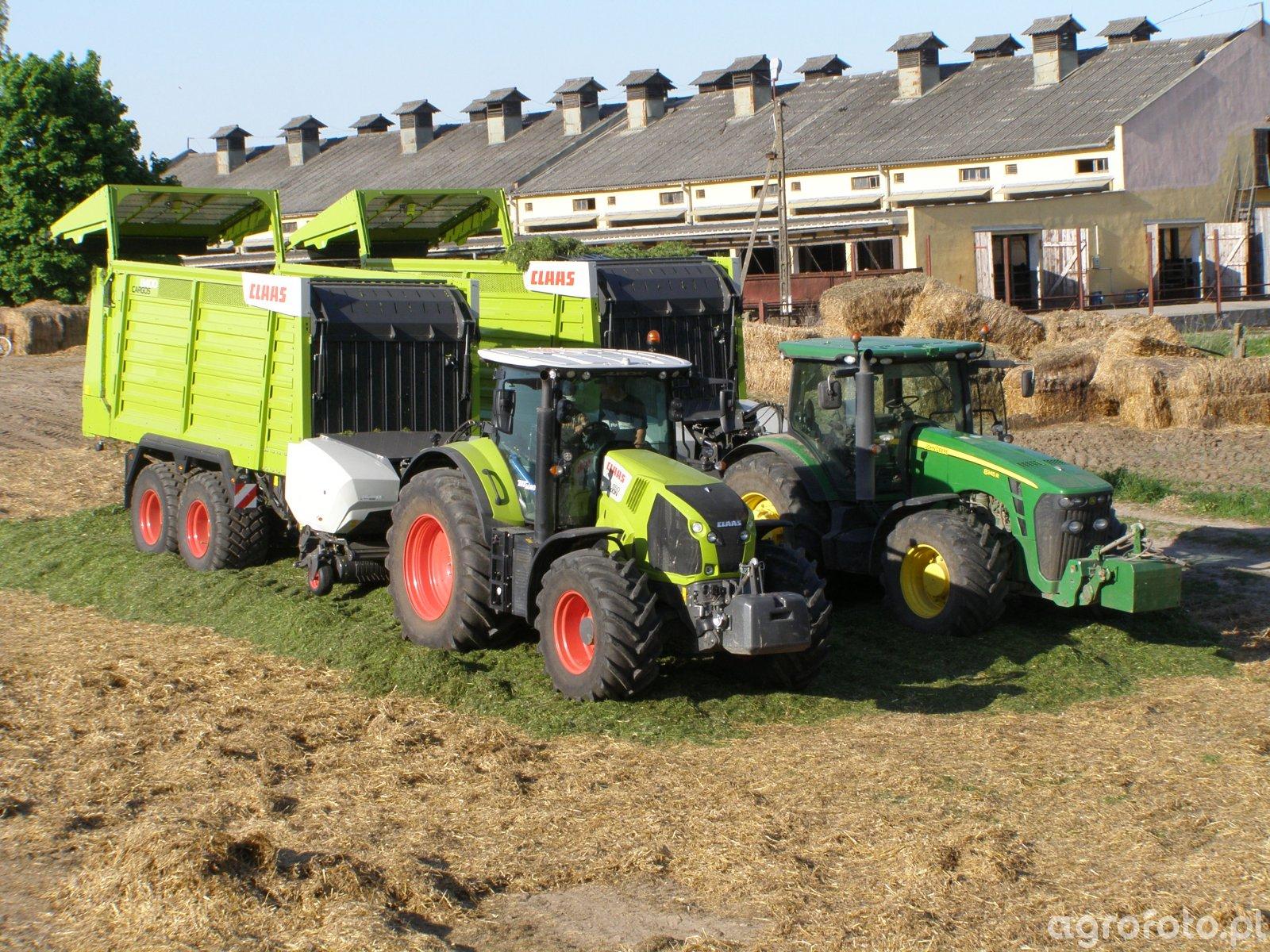 Claas Axion 850 & John Deere + przyczepy samozbierające Claas Cargos 8400
