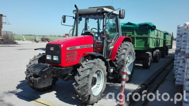 Massey Ferguson 4200-8200