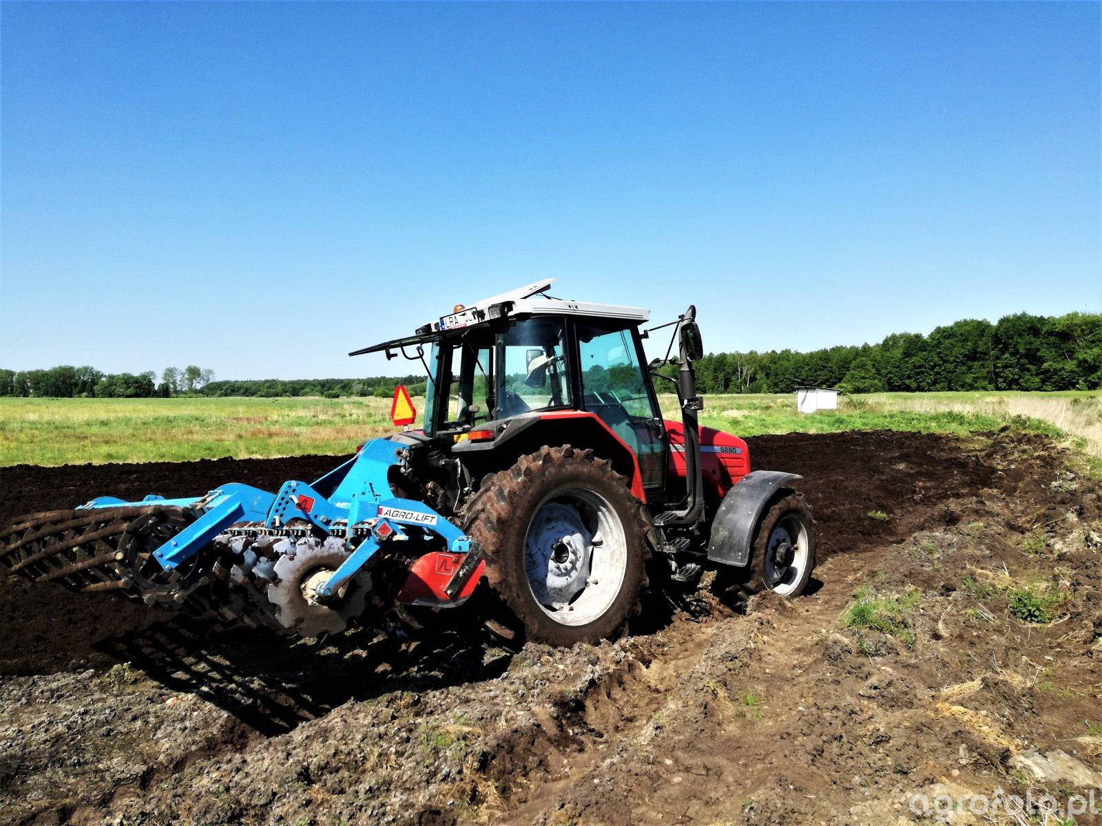 Massey Freguson 6260 + Agro Lift 3m