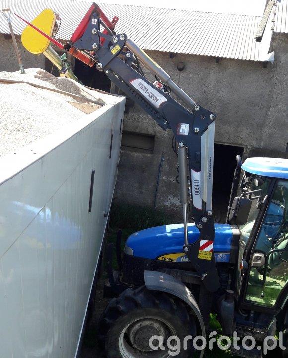 Ładowacz  IT1600 traktor TD5050