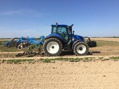 New Holland T5.100EC & AgroLift 2,6
