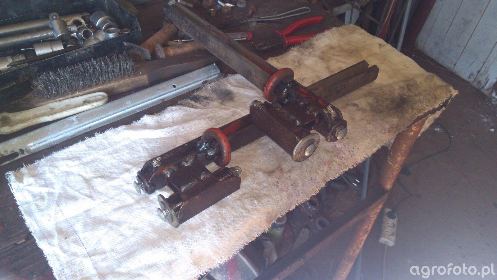 Podwójna prowadnica sznurka Fiatagri 5880