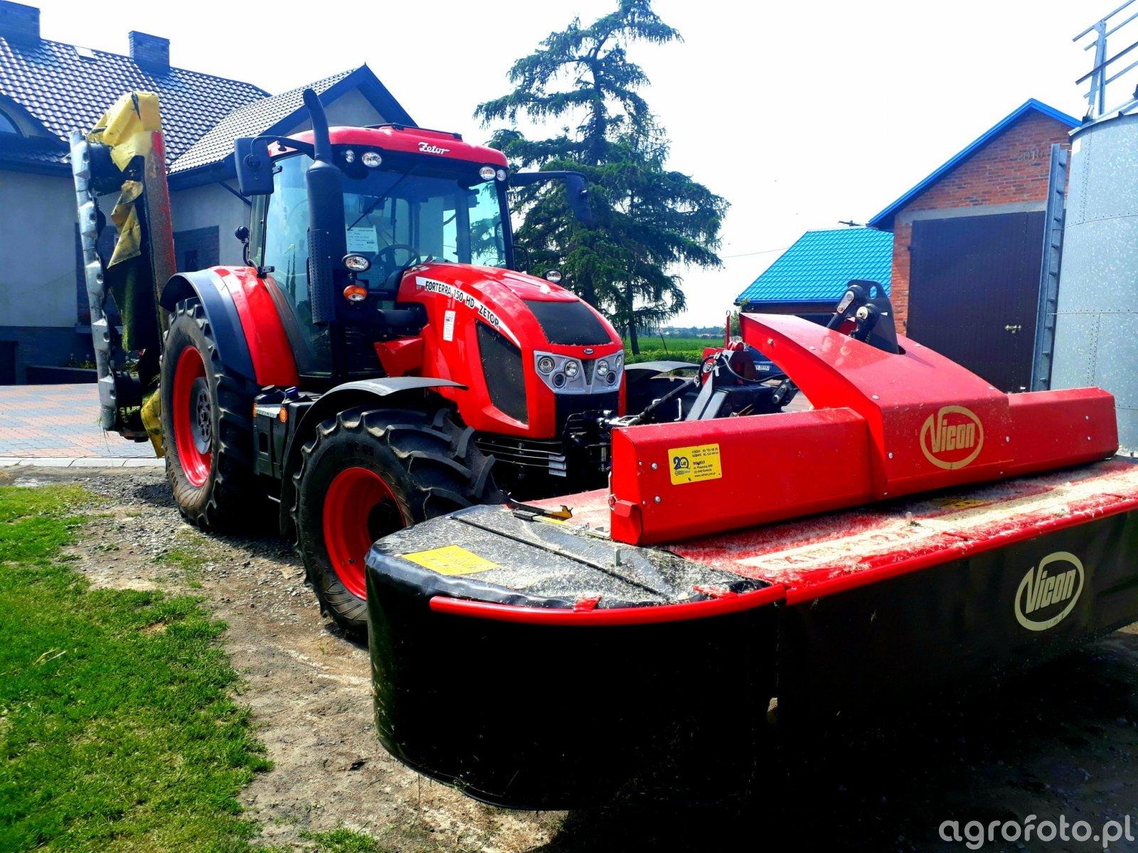 Vicon Extra 332 XF & Fella SM 270 & Zetor Forterra 150 16V