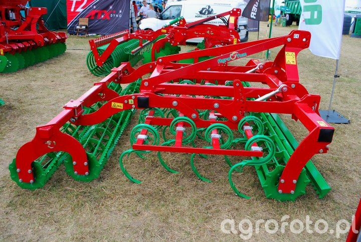 Agregat uprawowy AGRO-TOM UP 3.0