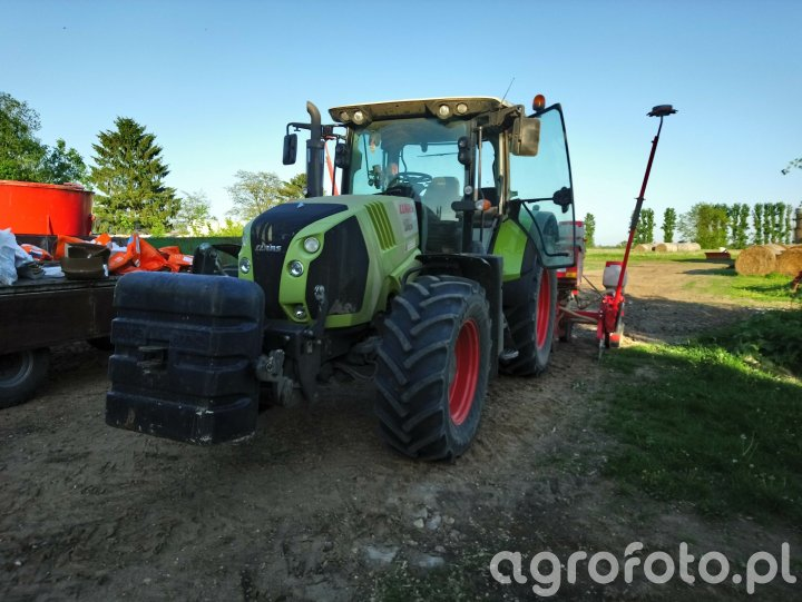 Claas Arion 620 CIS i Maschio Gaspardo