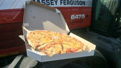 Massey Ferguson 6475 + Pizza