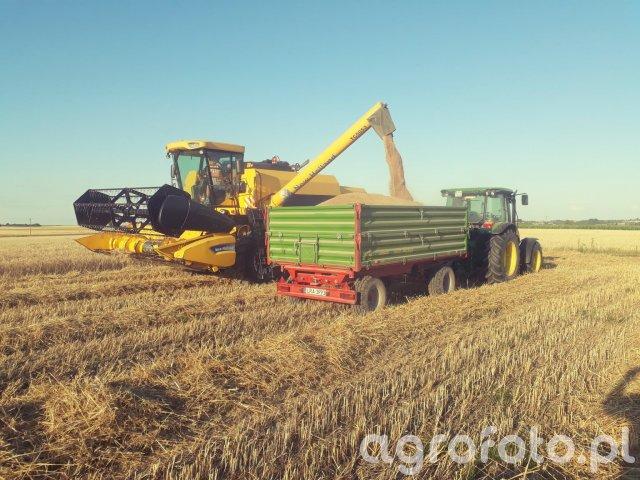 New Holland TC 5050 & John Deere 5080M & Pronar T653/1