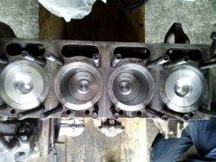 Ursus c 355  silnik