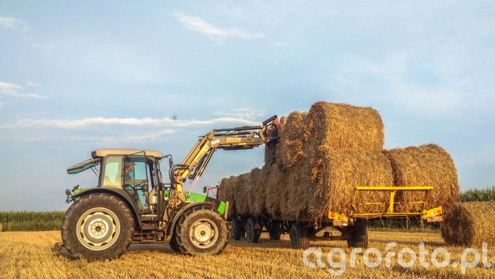 Deutz Fahr Agrofarm 85 + stoll robust 15
