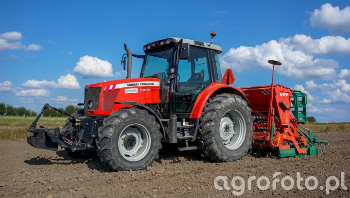 Massey Ferguson 5455 + AgroMasz SN300