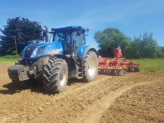New Holland T7 315  Vaderstad top down 500