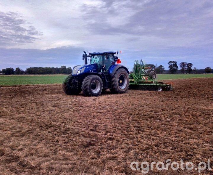 New Holland T7.315 + Amazone Catros 6001