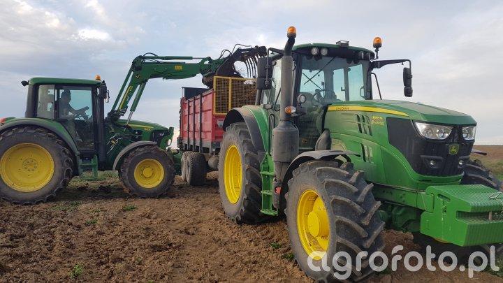Traktory John Deere
