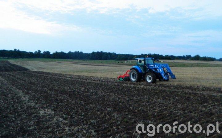 New Holland T5.105 / Agro-Masz AT270