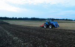 New Holland T5.105 / Agro-Masz AT270