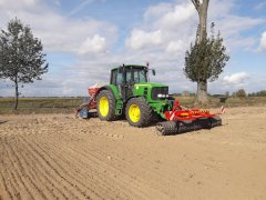 John deere 6930 + Rabe Accord