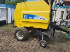 Prasa New Holland BR6090