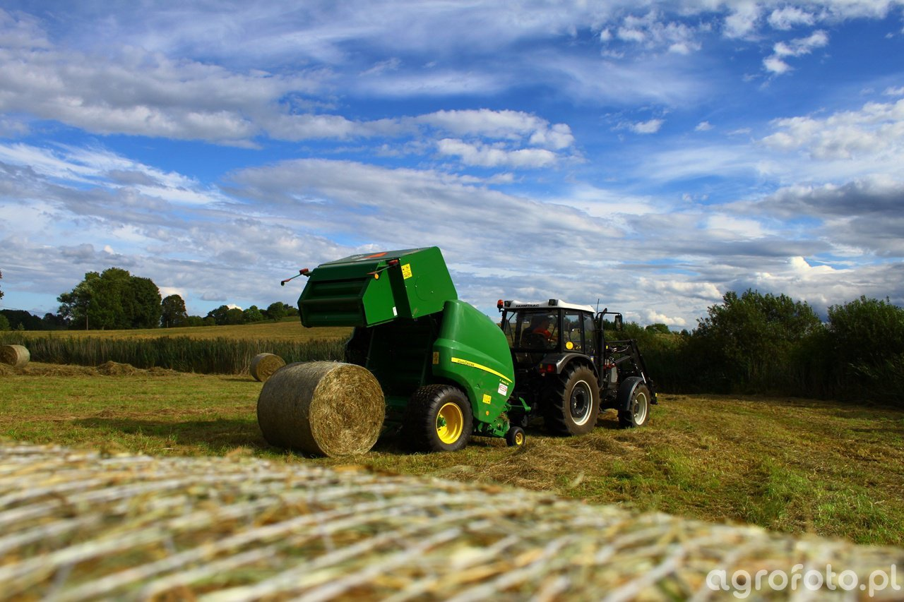 Farmtrac 690DT & John Deere F 440 M