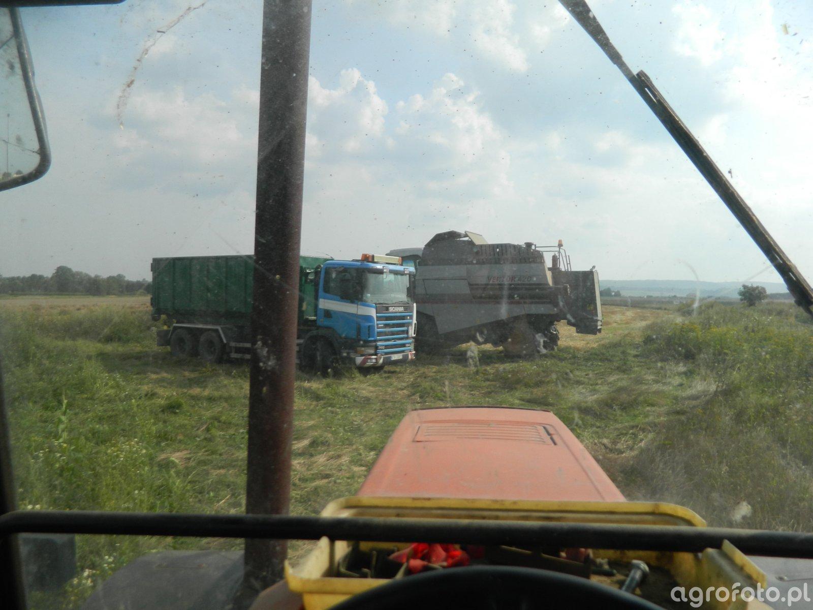 Vector 410 & Scania & Zetor 10540