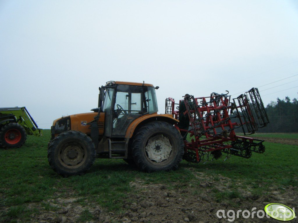 Renault Ares 550 + agregat uprawowy 4,6 m