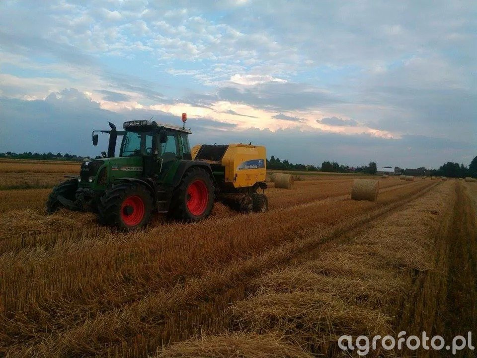 Fendt Vario 414 TMS & New Holland BR7060