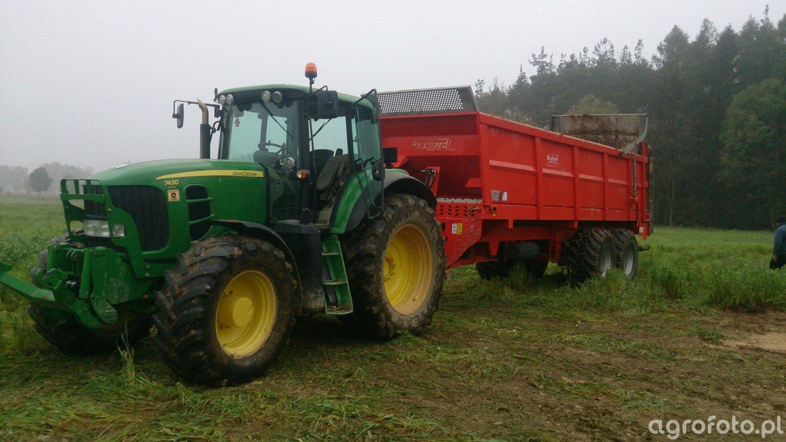 John Deere 7430 + Brochard EV 2000 18 ton