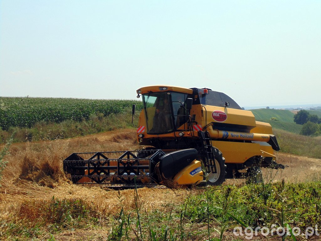 New Holland TC5070