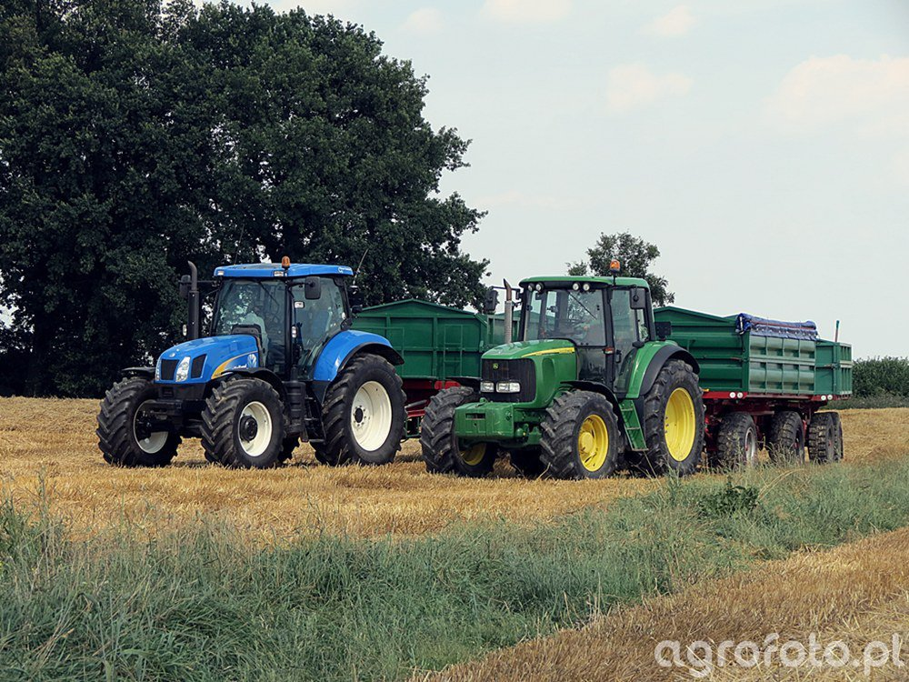 John Deere 6920 & New Holland T6080