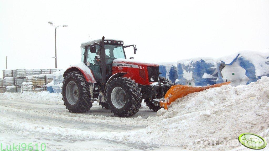 Massey Ferguson 6490 & Pług do śniegu