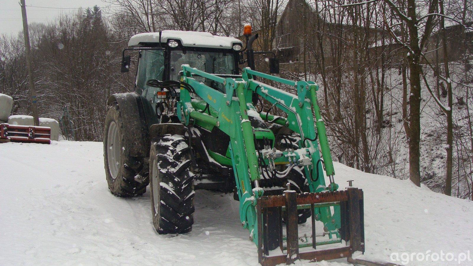 Deutz-Fahr Agrofarm 410 + tur 16 Hydramet