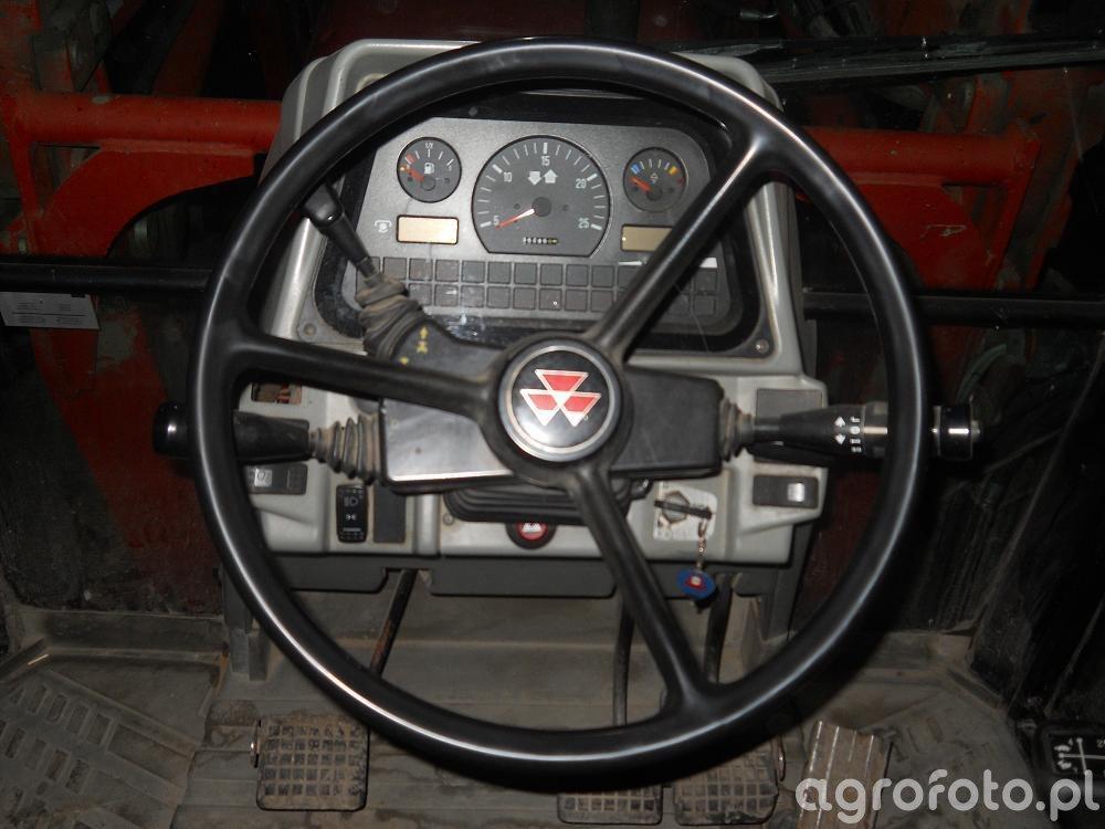 Massey Ferguson 6120