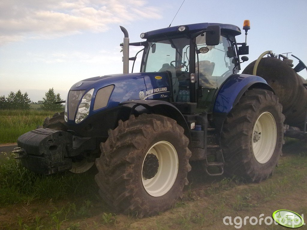 New Holland T7.260 Blue Power