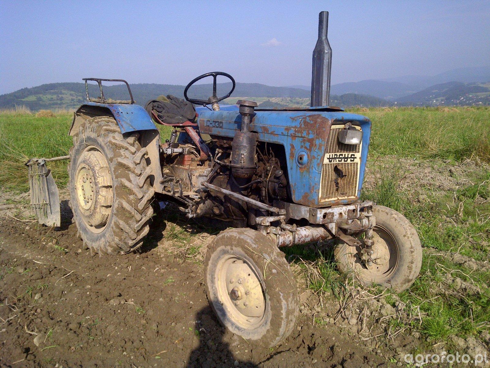 Ursus C-330 i kopaczka do ziemniaków