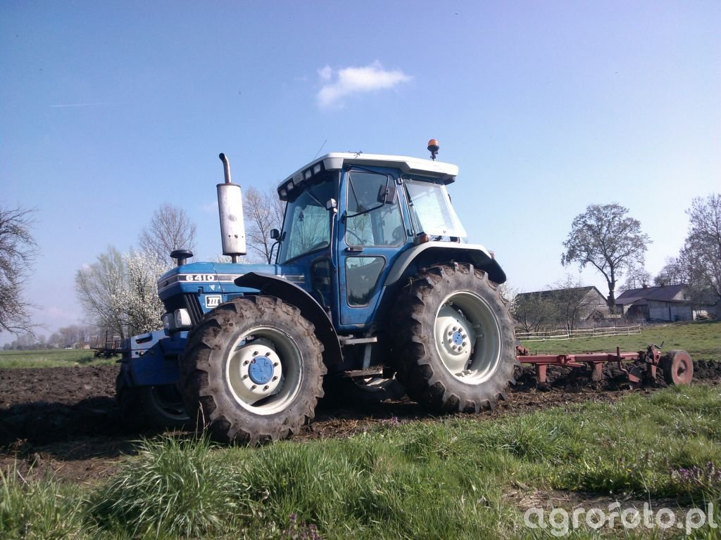 Ford 6410