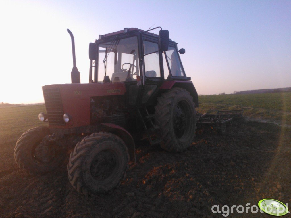 Belarus 82.1 + Agro-Masz 2.80