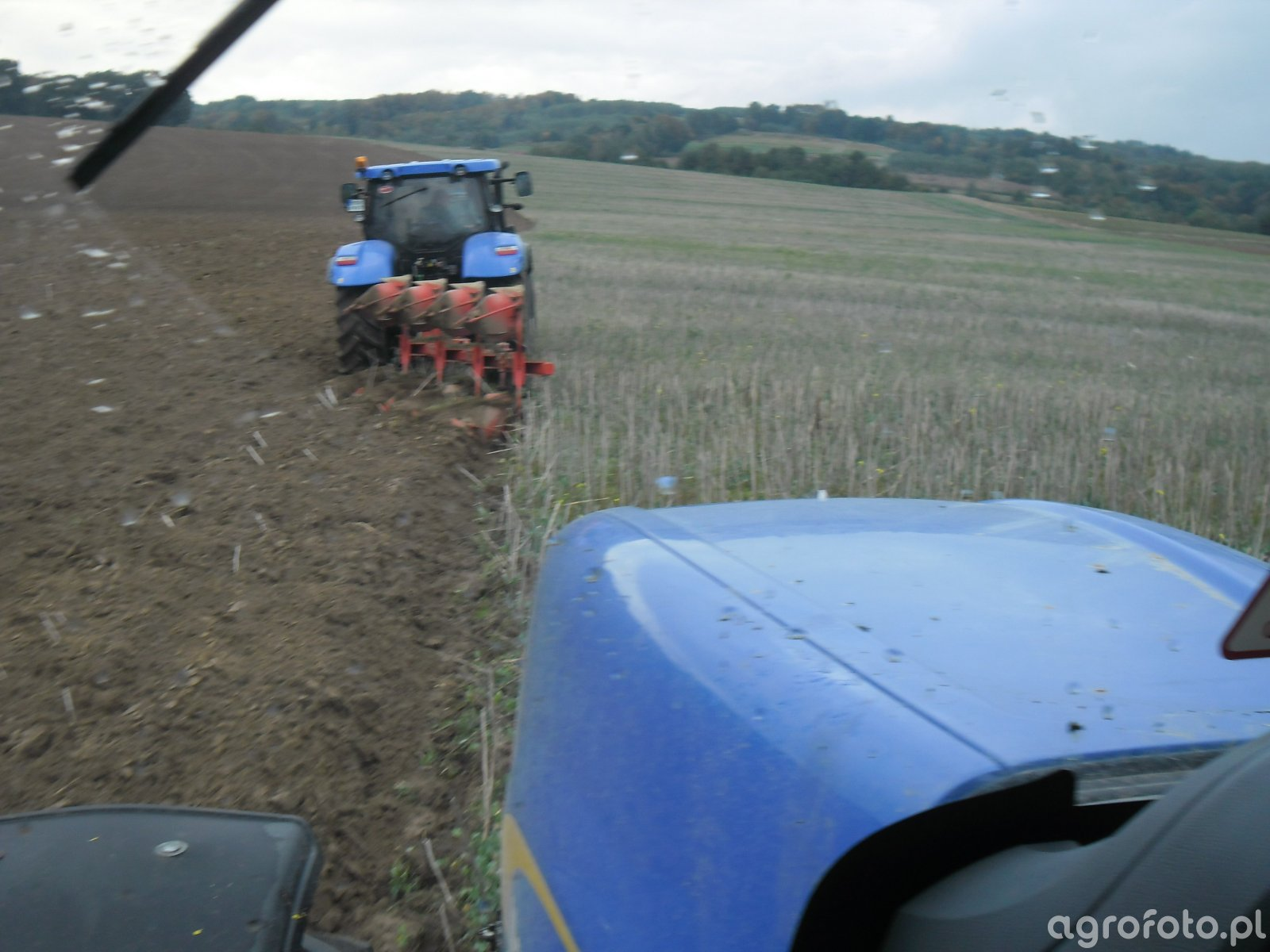 New Holland T7030 & t6.125