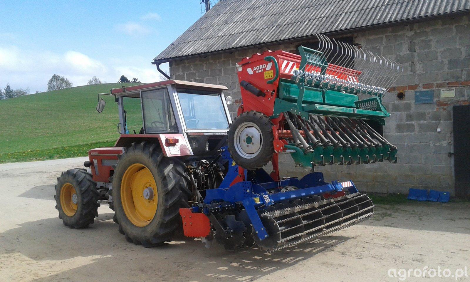 Schluter Compact 1050 V6 & Agro-Masz SR250 & Kinstall