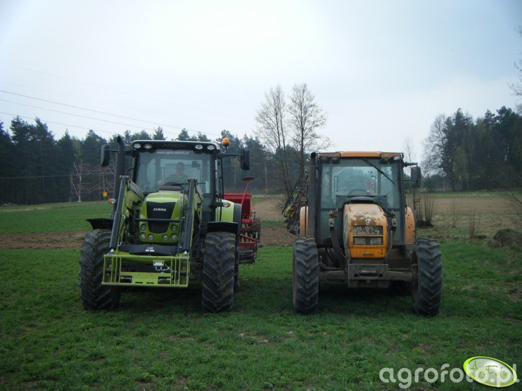 Claas Arion 620 +  Renault Ares 550