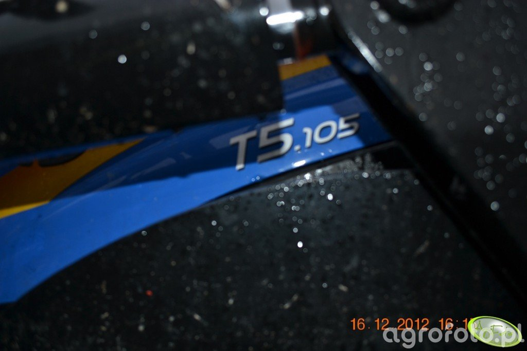 New Holland T5. 105
