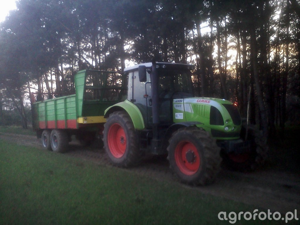 Claas Arion 610c i T-088