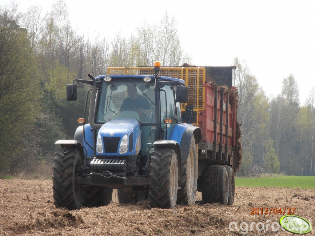 New Holland T5030 & Metal Fach