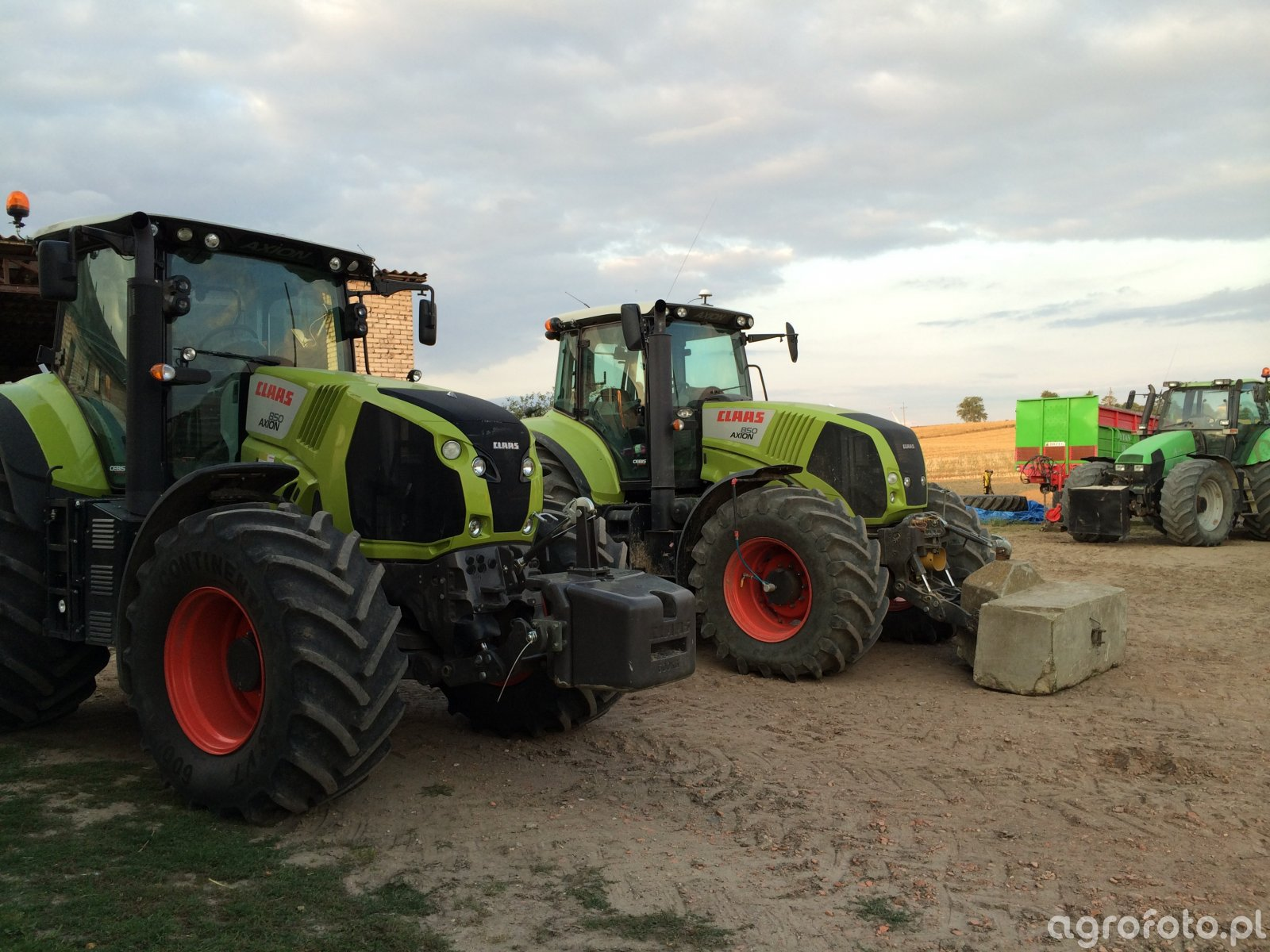 Claas Axion 850 x2