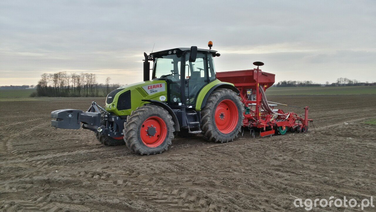 Claas Arion 410 & Kverneland Accord S-Drill PRO