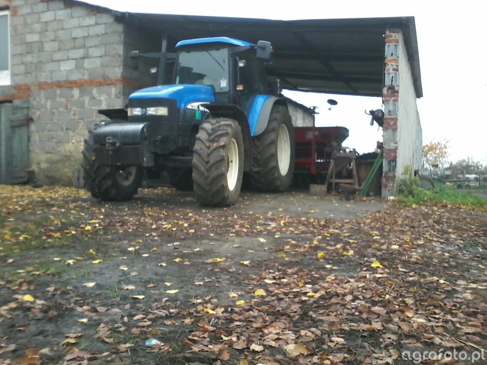 New Holland+siewnik