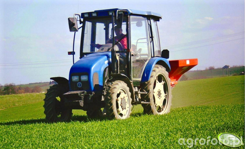 New Holland 55-56 bis i Rauch MDS 935
