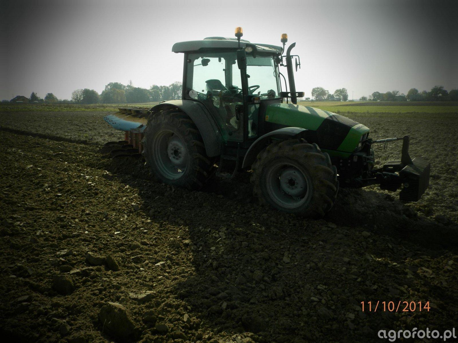 DF Agrofarm 430 profiline + UNIA IBIS M4