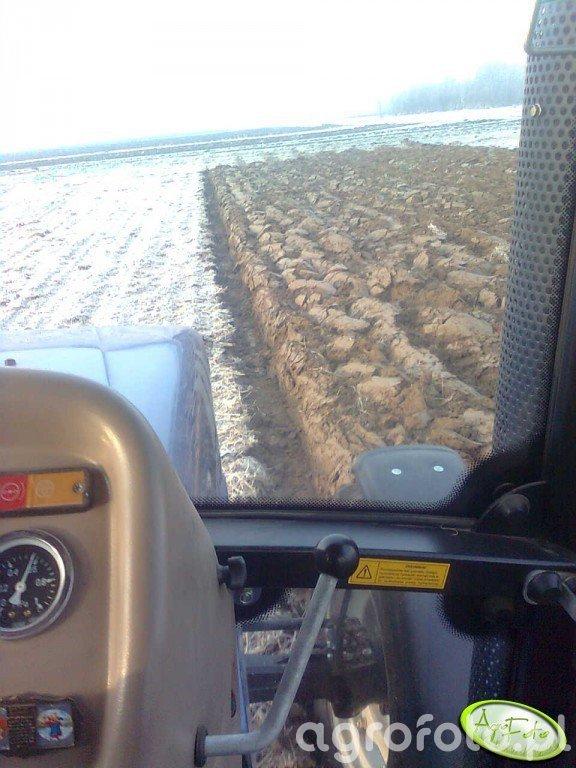 Farmtrac 80 4WD & pług UG 4x40